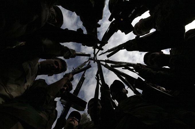 استراتيجيات صراع الإخوة الأعداء