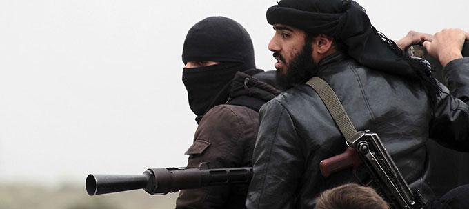 المشهد السوري بعد دير الزور: تحدي الوجود بين الدولة والنصرة والثورة
